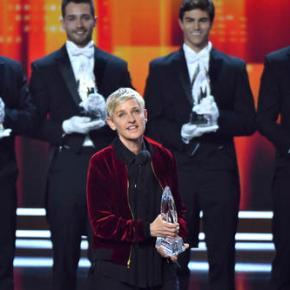 Ellen DeGeneres takes home 3 People's ChoiceAwards
