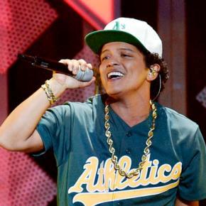 Bruno Mars slays at pre-Super Bowl concert inHouston