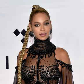 Beyonce or Adele? The AP predicts this Grammyshowdown