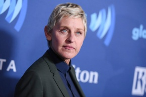 Ellen, Wal-Mart give scholarships to school's senior class