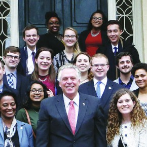 Governor hosts luncheon for college journalists