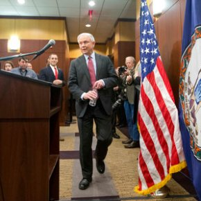 Sessions encourages cities to revive 1990s crimestrategies