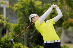 Inbee Park takes 1-stroke over Wie, others at LPGA Singapore
