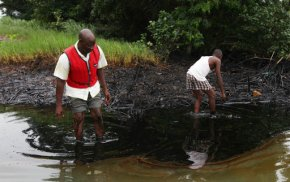 Geologist for Shell says company hid Nigeria spill dangers