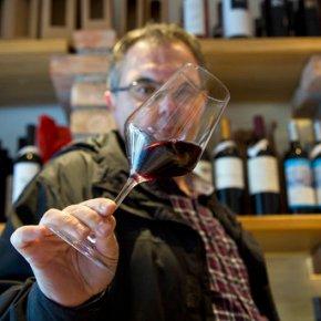 Slovenia winemakers want Croatia Teran permitsuspended