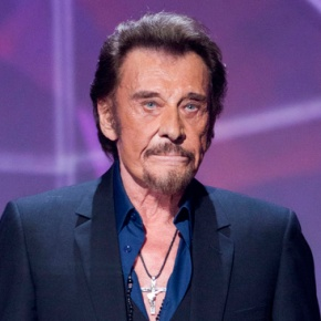 French star Johnny Hallyday says he is treated forcancer