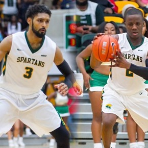 Wade, Robinson pick up more postseason honors