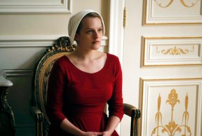 Elisabeth Moss returns to TV in Hulu's 'Handmaid's Tale'