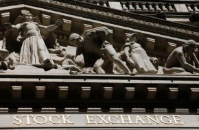 US stocks close lower for third time in 3 days