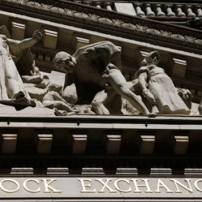 US stocks close lower for third time in 3days