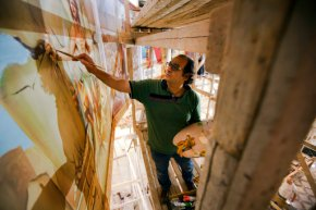 Egyptian artist paints church murals, unfazed byattacks