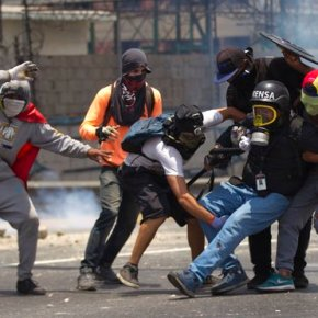 Venezuela protesters target Maduro, vow to keep up pressure