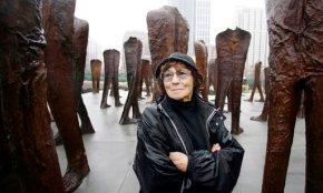 Polish sculptor Magdalena Abakanowicz dies at age86