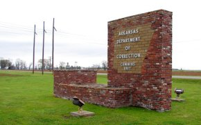 Arkansas awaits word from Supreme Court onexecution