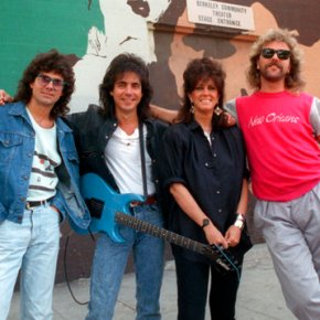 Guitarist sues to stop use of Jefferson Starship bandname