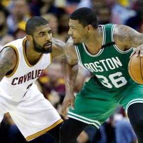 Celtic pride: Bradley's last-second shot stuns Cavs 111-108