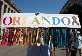Hundreds reflect on anniversary of Pulse nightclubshooting