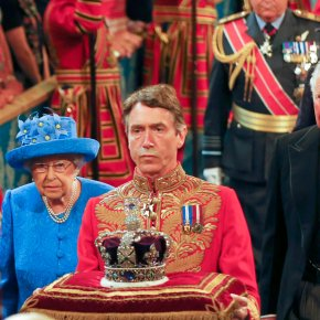 Queen outlines UK government agenda in scaled-downspeech