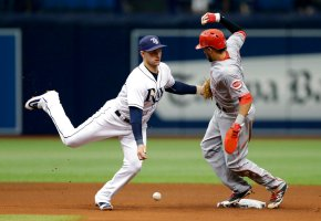 Smith, Rays finally catch Hamilton in rundown, beat Reds 8-3