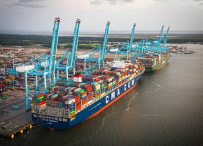 Another massive container ship docks in US, breaksrecord