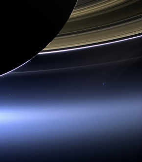 The Latest: NASA's Cassini spacecraft burns up over Saturn