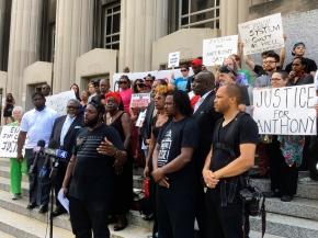 Mayor: St. Louis 'on edge' awaiting police shootingverdic