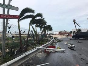 Hurricane Irma slams Turks and Caicos on path toFlorida
