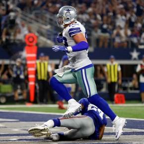 Witten, Elliott lead as Cowboys stifle Giants 19-3 in opener