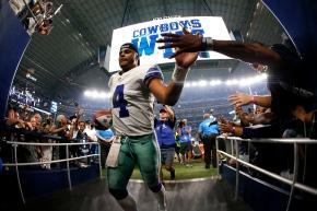 Witten, Elliott lead as Cowboys stifle Giants 19-3 inopener
