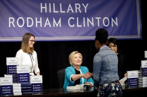 White House accuses Clinton of 'reckless attacks' inbook