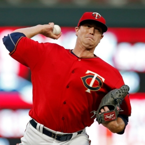 Twins pound 7 homers to beat Padres 16-0