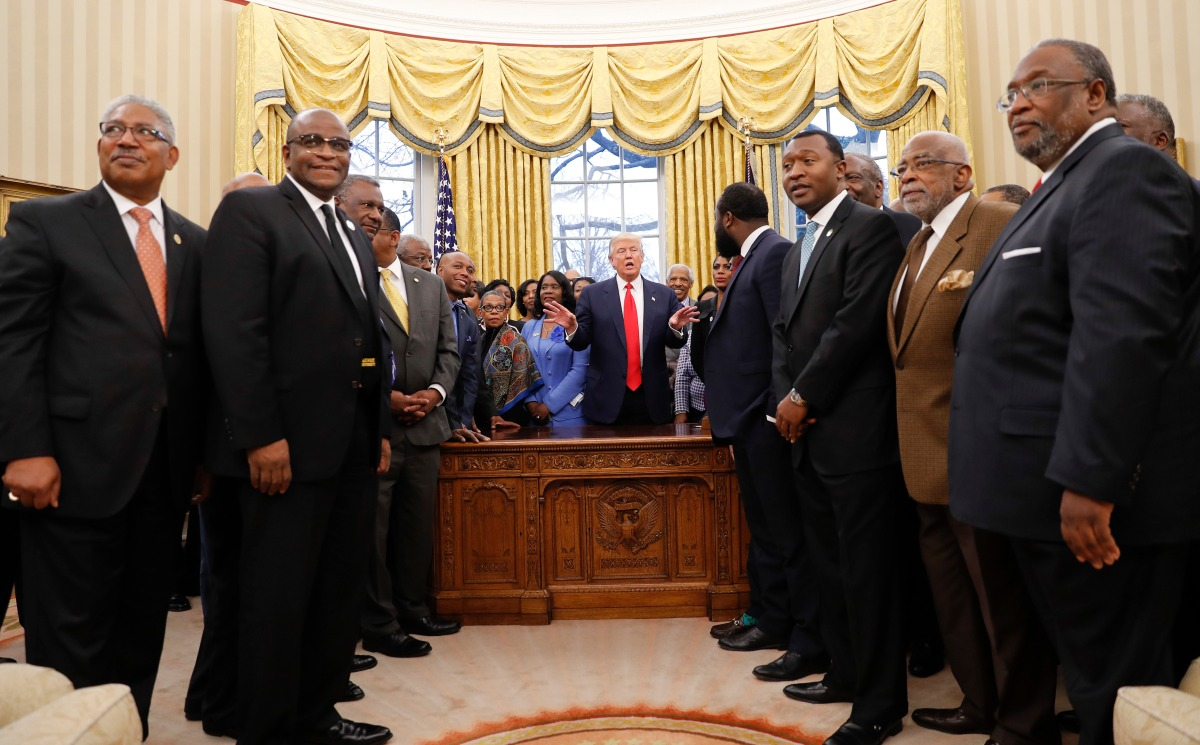 White House, black college heads to meet amid strained ties