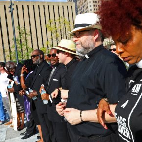 St. Louis faith leaders urge peace, justice amid turmoil