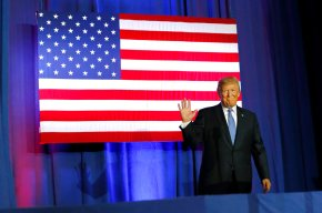Trump pitches tax cut as 'middle classmiracle'