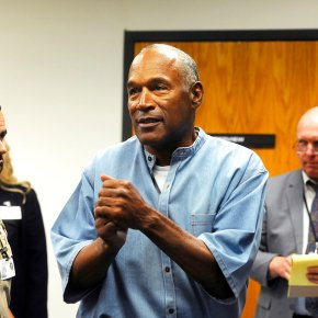 OJ Simpson freed; parole official says he'll live in Vegas