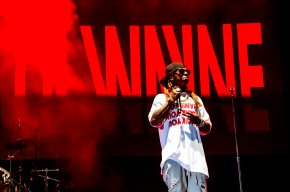 Lil Wayne won't go through security check, skips concert