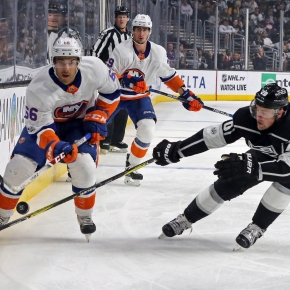 Kopitar, Doughty lead Kings to 3-2 victory over Islanders