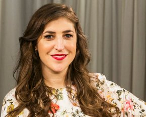 Mayim Bialik 'truly sorry' for opinion piece on Weinstein