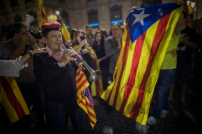 The Latest: Group in France offers Catalan president shelter