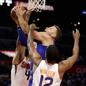 Griffin, Beverley lead Clippers in rout overSuns