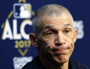 Girardi fired as Yankees manager, leaving with 'heavy heart'