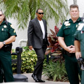 Tiger Woods pleads guilty to reckless driving, avoidsjail