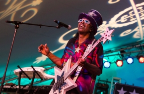 Review: Bootsy Collins' bass bursts big on 'World Wide Funk'