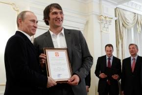 Capitals' Alex Ovechkin voices support for VladimirPutin
