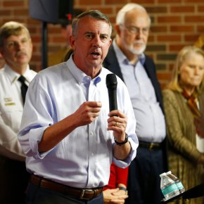 Both candidates claim momentum in Virginia governor's race