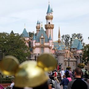 Disney ends LA Times ban after widespread backlash