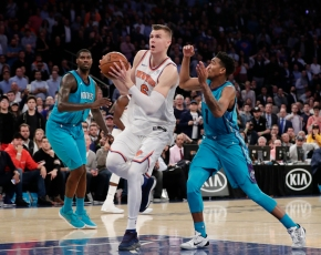 Porzingis hits tiebreaking 3, Knicks beat Hornets 118-113
