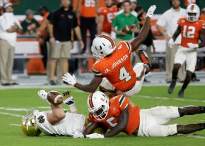 Miami in a rout: No. 7 Hurricanes roll No. 3 Irish, 41-8