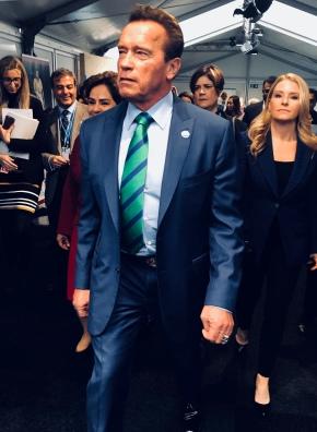Schwarzenegger calls on climate activists to changemethods