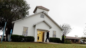 Texas town holds 1st Sunday service since church attack